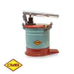 Bomba engrase - GRASERA 5kg c/mang. 1.5 m CHERTA