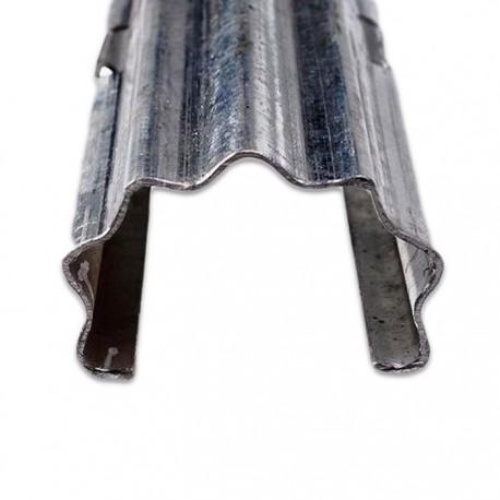 Poste metálico 2.4 mts. galvanizado origen español
